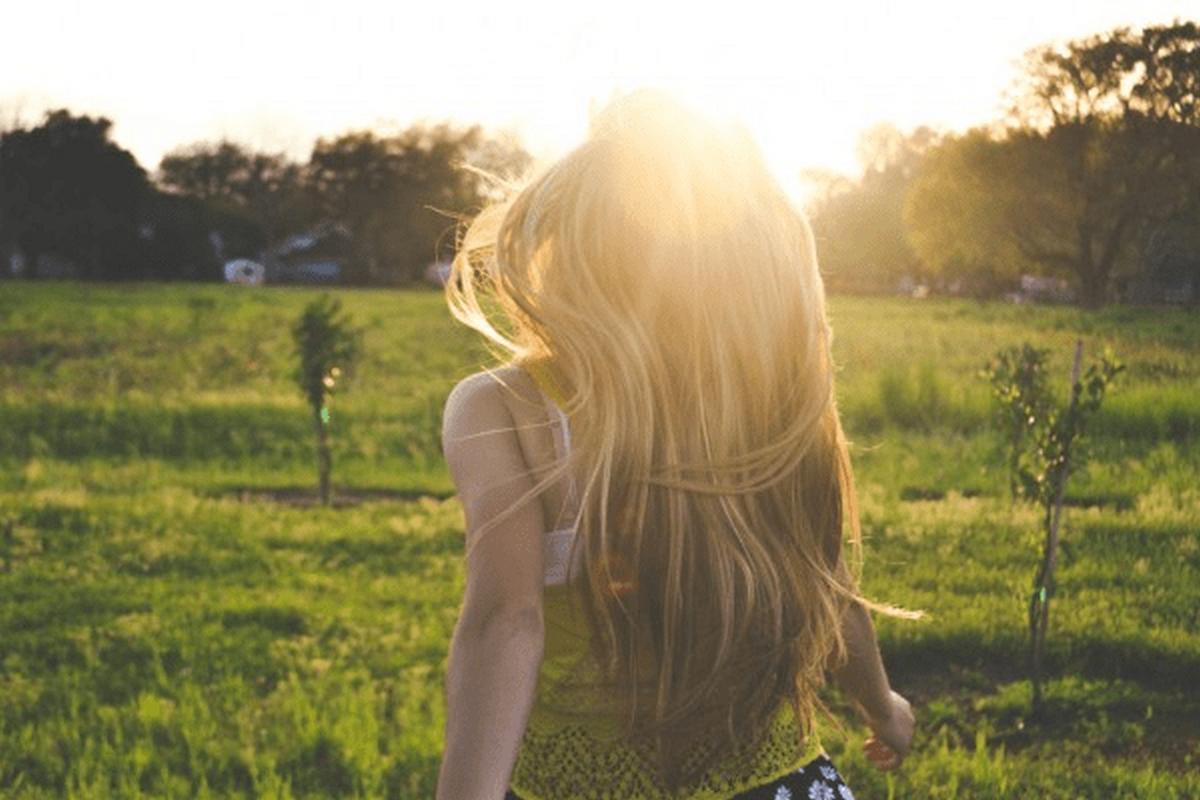 Αντηλιακό μαλλιών, για λαμπερά και υγιή μαλλιά ακόμη και το καλοκαίρι